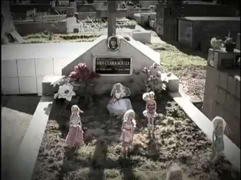 Trailer do filme A Breve Noite das Bonecas de Vidro