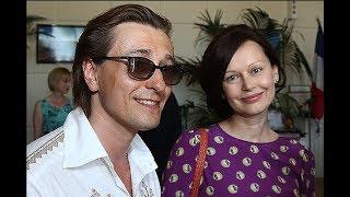 Сергей Безруков рассказал, почему ушел от старой жены и что нашел новой