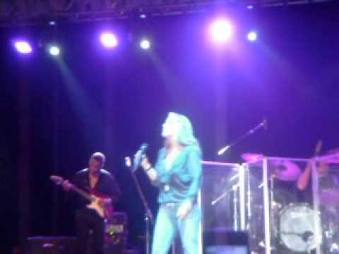 Anastacia - You'll Never Be Alone Live Nettuno