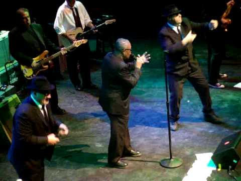 Blues Brothers Band Dan Aykroyd & Jim Belushi w/ Sam Moore LIVE at the House of Blues