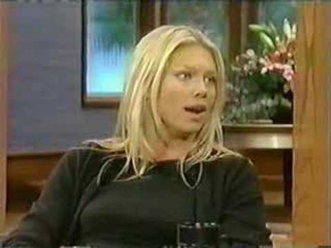 Peta Wilson  The Howie Mandel   1999