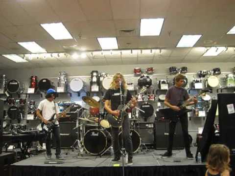 ROCKamp 2012 - Sam Ash Music store in Torrance ( 6 )