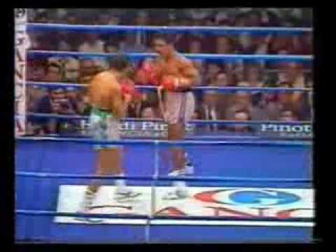 Best Knockout Ever, at 122lbs. Stecca v Callejas.