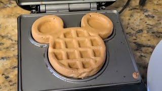 The HAPPIEST Breakfast On EARTH