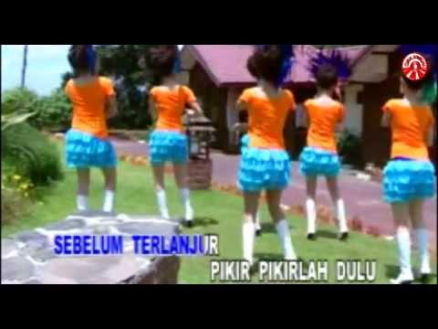 Hamdan ATT - Termiskin Di Dunia [Official Music Video]]
