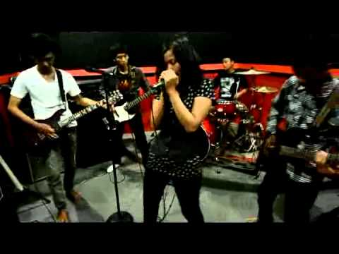 Suddent Meet Night -  Missery Business (Live Audition Paramore Semarang)