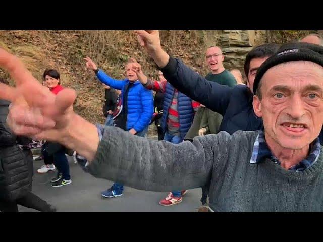 """Протесты в Черногории: """"Мы не отдадим свои святыни!"""""""