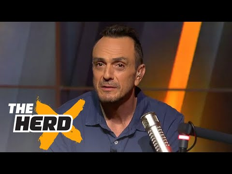 Hank Azaria does 'Simpsons' voices on 'The Herd'