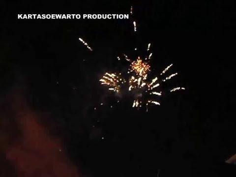 Kembang Api Di Langit Kotatua | Jakarta 2008 (Dangdut Remix)