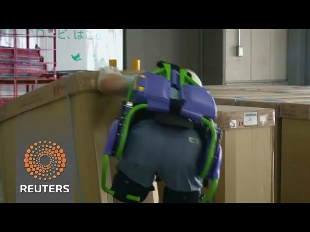 Harness helps elderly lift heavy loads