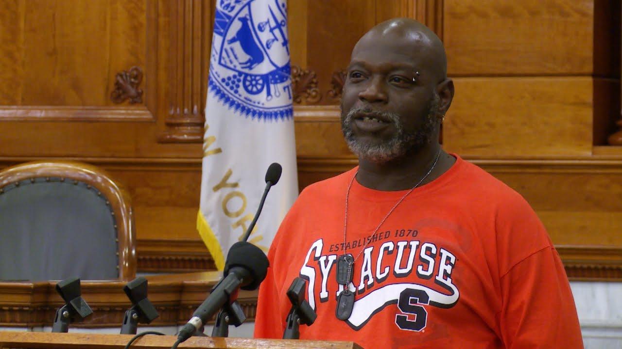 Earl Speaks Up on Behalf of Villalobos, Parolees and Second Chances