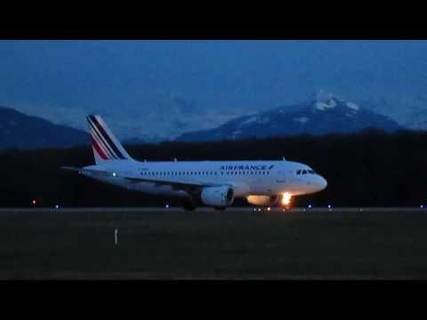 Notre Petit Français En Décollage De Genève Aéroport  .....Airbus De Plus Mimi...