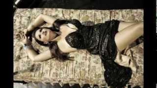 Repeat youtube video Aneta Nakovska - James Bond / Анета Наковска - Џејмс Бонд