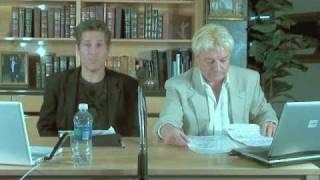 Tom Hooker risponde alle minacce di Den Harrow (Stefano Zandri)