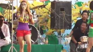 Repeat youtube video Yangon Thingyan Festival 2011