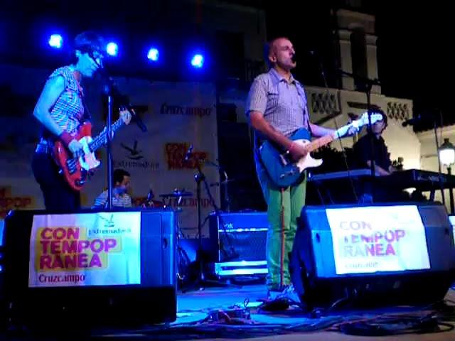 THE YELLOW MELODIES - La noche inventada (Directo @Contempopránea) (23-7-2009)