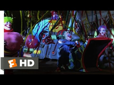 Killer Klowns from Outer Space (7/11) Movie CLIP - Clown Invasion (1988) HD