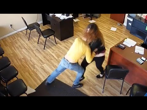 woman-fights-back-after-man-with-knife-attacks