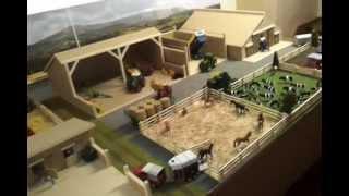 Model farm display. (RoseCraft Models.)