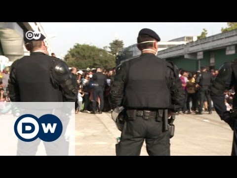 Hundreds of refugees waiting at Zagreb's convention center   DW News