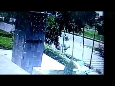 Ini Detik-detik Kecelakaan Maut Driver GO-JEK di BSD Tangerang