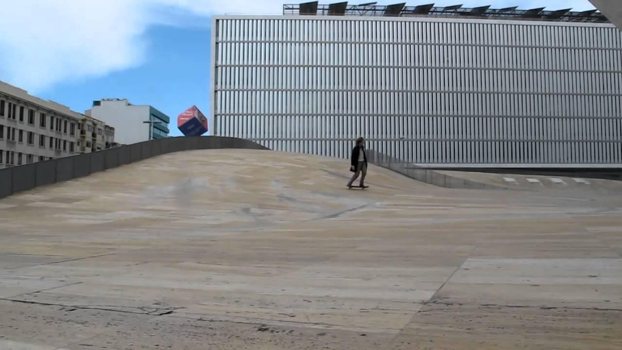 Skate it 01b david archilla skateboarding koolhaas 39 s - Casa de la musica oporto ...