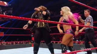 Alexa Bliss Slaps Nia Jax