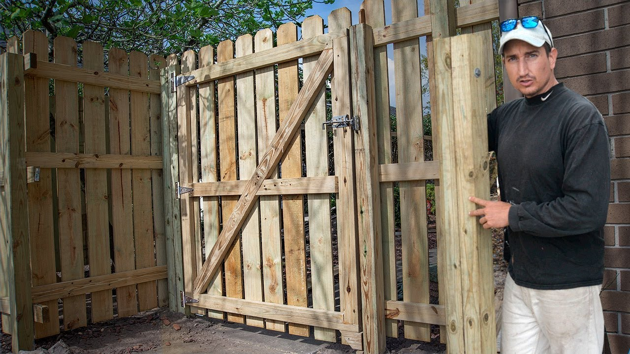 How To Build A Fence Gate Perfect Mount Trick Youtube