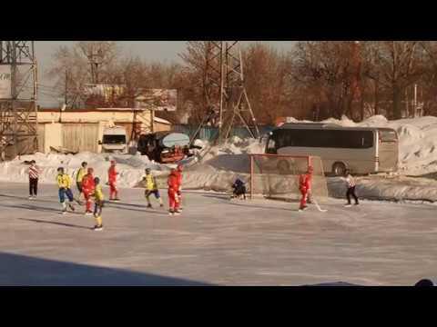 На стадионе «Родина» стартовал финальный турнир чемпионата высшей лиги по хоккею с мячом