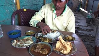 Lunch in Dhaba - Mutton Curry - Omelette - Soya Curry - Jhinge - Ucche & Alu Vaja With Rice