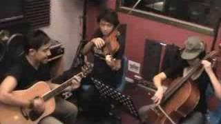 Itu Yang Pasti Acoustic - Tengku Adil