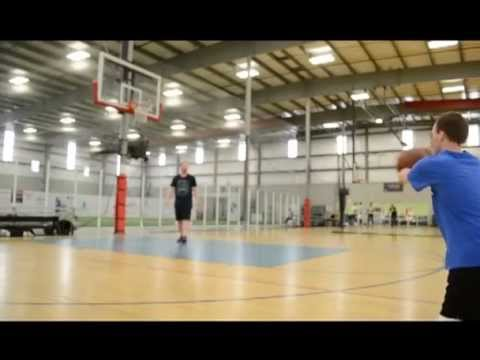 Richie Shooting Three Point Field Goals
