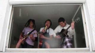 Download Uprising - Muse (Crazy cover)