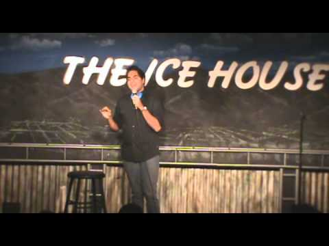Axl Dang's Ice House Debut