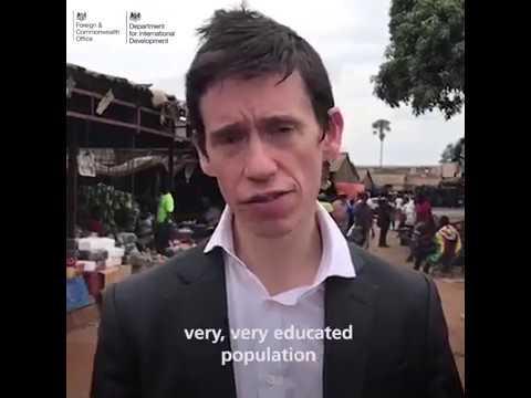 Minister Stewart visits Zimbabwe