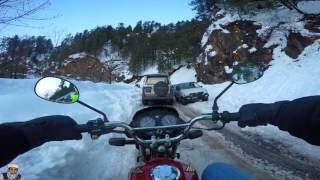Honda cg 125 Dream - (Road to Ayubia/Murree)- Snowy Kpk  Nathia gali Snowfall 2017