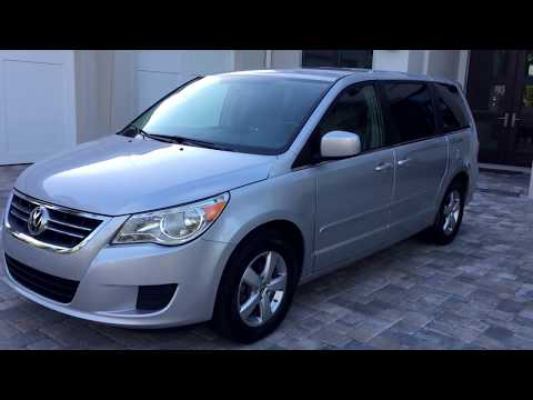 2009 Volkswagen Routan SEL for sale by Auto Europa Naples