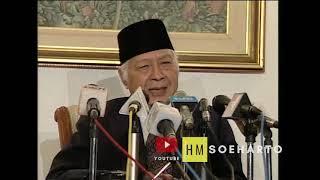 Download lagu Pidato Presiden Soeharto di Halim Perdana Kusuma Sebelum Bertolak ke Mesir  tanggal 9 Mei 1998
