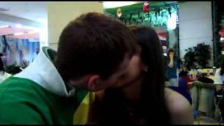 Саша и андрей целуются(Влюбленные дети., 2011-02-27T15:29:00.000Z)