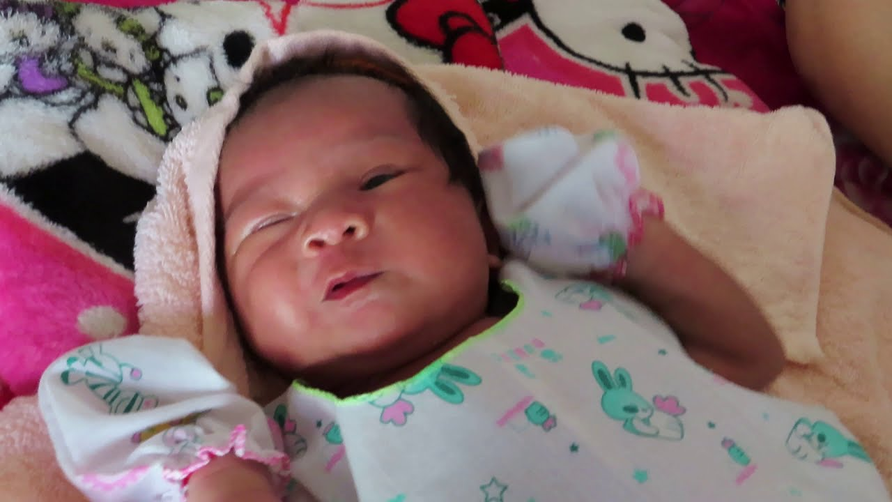 Mommy Love Mony Reach Baby - Cute Baby Video