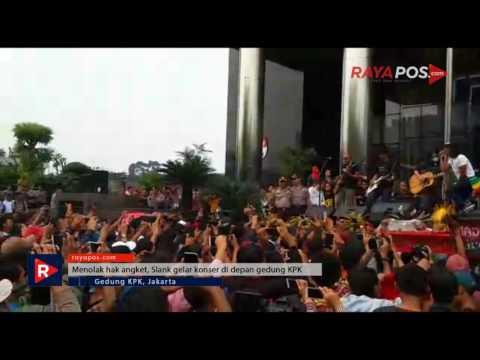 Tolak Hak Angket, Slank gelar konser di depan gedung KPK