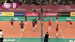 Funny Volleyball: Irina Fetisova (RUS) much better than NGapeth! Scoring with an overhead kick!