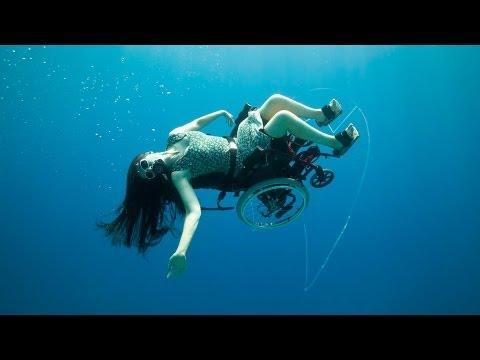 Deep sea diving ... in a wheelchair | Sue Austin