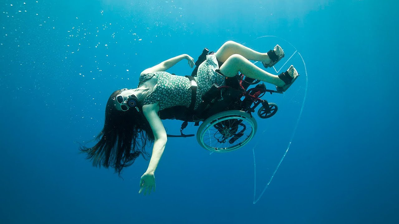 Deep sea diving ... in a wheelchair  Sue Austin - YouTube
