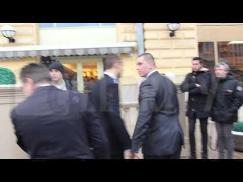Hotel security attacks photographers at Monica Bellucci hotel in Moscow, 21.12.2016