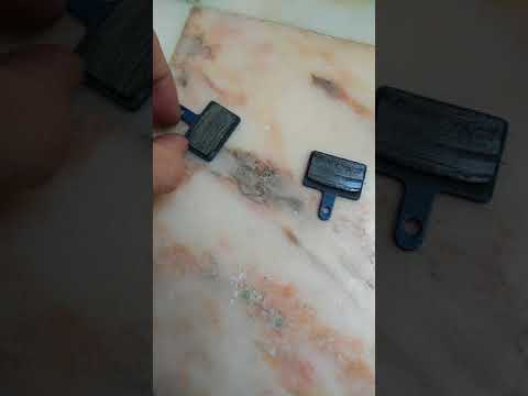 13253748ab3 disk brake pads shimano br-m395 - YouTube