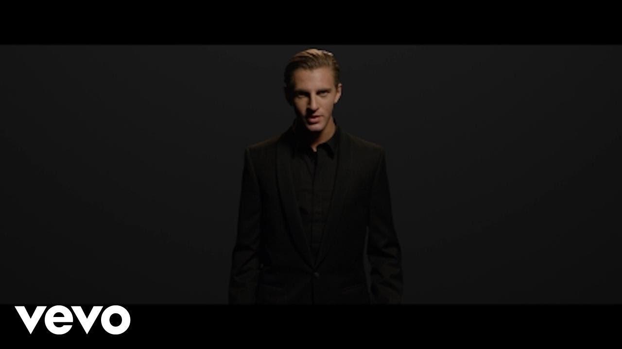 Magnus Murphy - Lightning