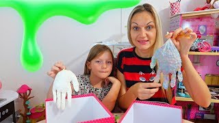 MYSTERY BOX of SLIME GLOVES CHALLENGE!