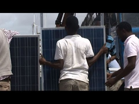 War-torn Mogadishu goes green with solar power