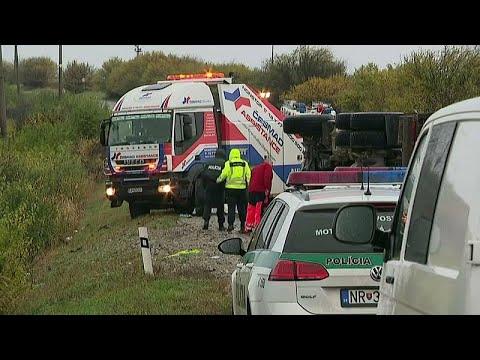 euronews (deutsch): 12 Todesofer bei Busunfall nahe Nitra